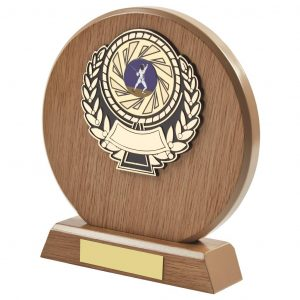 light wood coloured round shaped fencing trophy