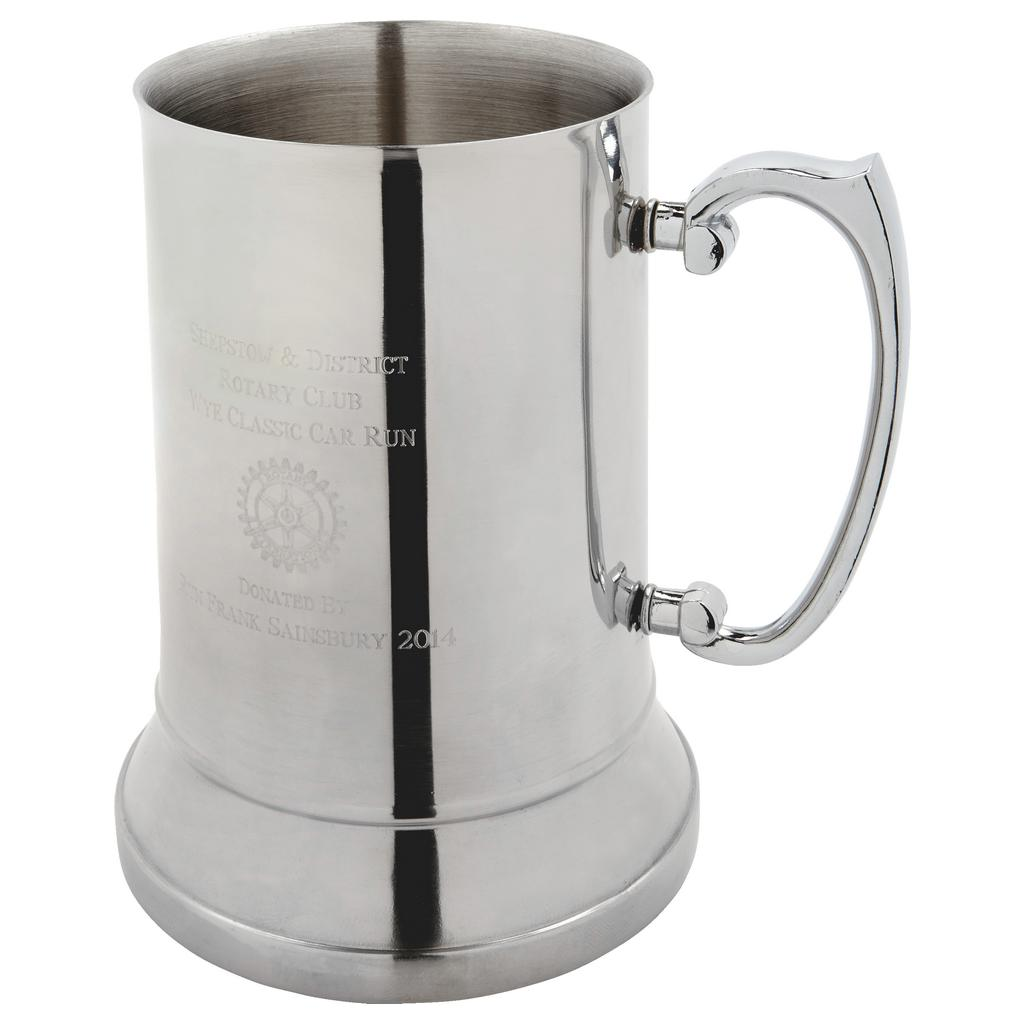 Stainless Steel Tankard. Constructed from stainless steel by expert craftsmen. A plain style pint tankard. Presented in a blue line display box. Also incorporating a plain handle and lots of room for etching.