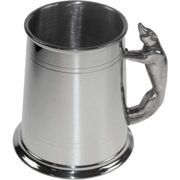 Fox Handle Tankard. Constructed from English pewter by expert craftsmen. A traditional one pint sized two lined tankard with the handle in the shape of a fox. Also presented in a standard packing box.