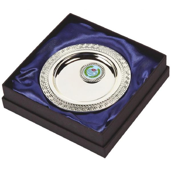 Multi-Sports Presentation Salver 13cms. Constructed from a metal alloy with a bright shiny silver finish and sits in a blue line presentation case. Incorporating large area to include all your engraving for a small charge.Including a quality lidded lined presentation case.